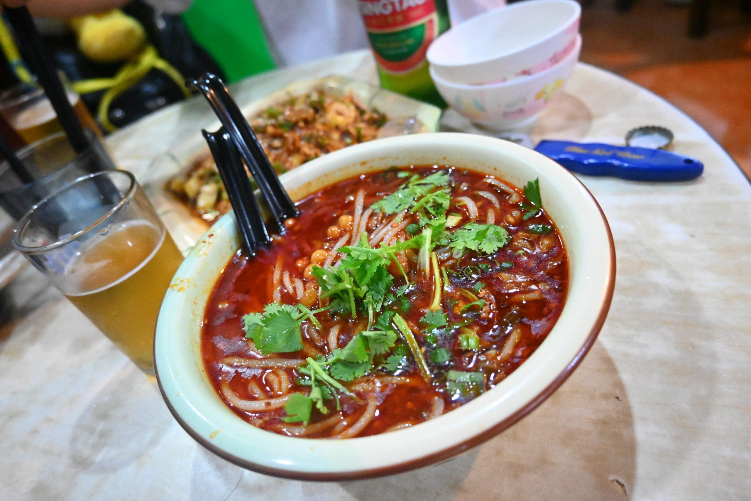 辛いなんて言葉じゃ足りないほど辛い!けど美味しい!四川料理店。@牛頭角