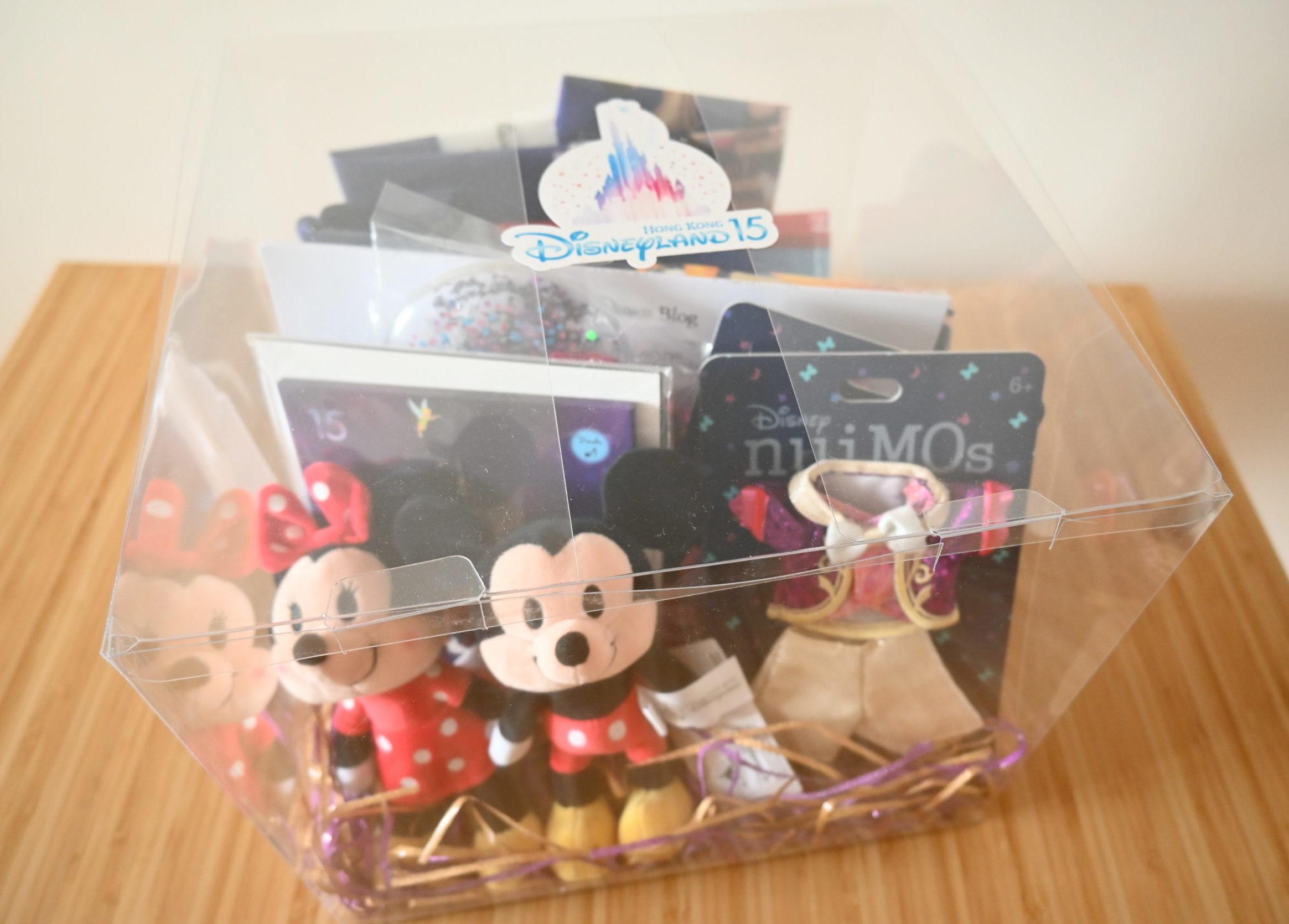 【開封】香港ディズニーから届いた限定品詰め合わせギフトボックス。